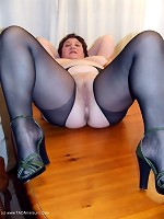 KinkyCarol-Tights On The TablePictures